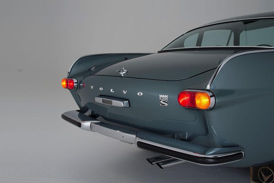 Volvo-P-1800-Heck